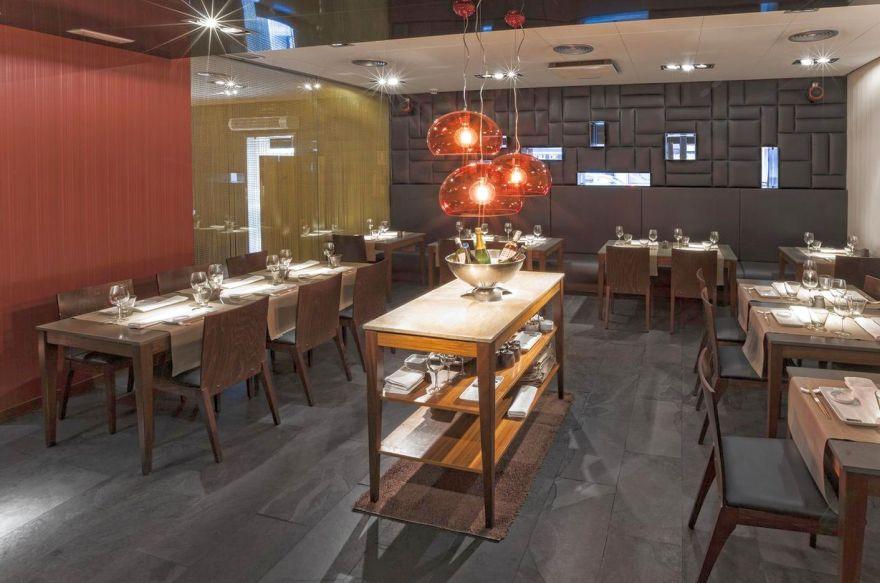 99 Sushi Bar Ponzano - Interior